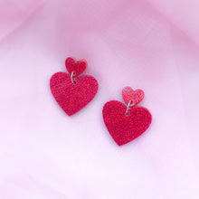 Load image into Gallery viewer, Two Tier Red Glitter Hearts