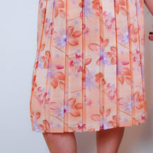 Load image into Gallery viewer, Watercolour Floral Pleat Skirt