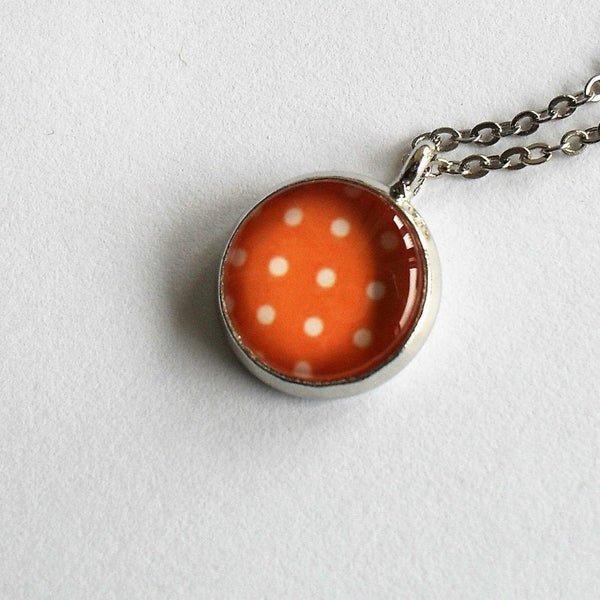 Orange and white polka dot necklace, retro polka dot necklace,Orange and white polka dot necklace, Round photo necklace, Glass dome necklace