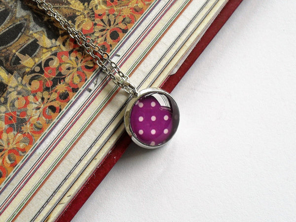 Purple and white polka dot necklace, retro polka dot necklace,Purple and white polka dot necklace, Round photo necklace, Glass dome necklace