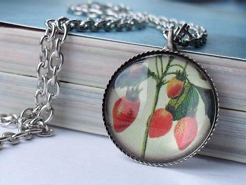 Vintage Fruit: Hibiscus Necklace