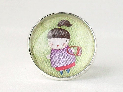 Little Girl Shopping Ring
