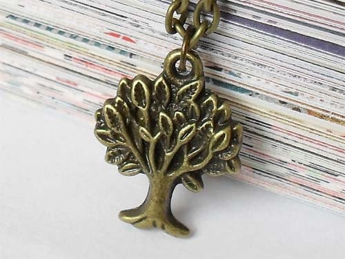 Antique Brass Tree Necklace, Antique Tree Necklace,Antique Tree Pendant,Antique Tree Charm, Nature charm, Brass Tree Charm,Gift for woman