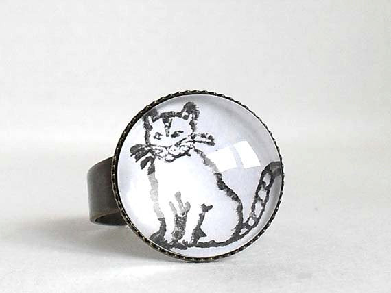 Cat Ring, Handstamped Cat Ring, antique vintage ring, animal jewelry, adjustable ring, black white, cat ring, cat jewelry, Gift for a Women