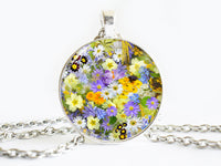 Summer flowers necklace, Daisies pendant, Daisy Spring Flower Charm, Blue Floral Pendant, Blue White Necklace, Flower Pendant, Flower charm