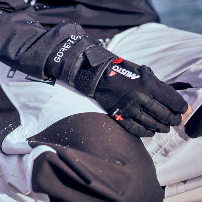 MUSTO PERF SF GLOVE