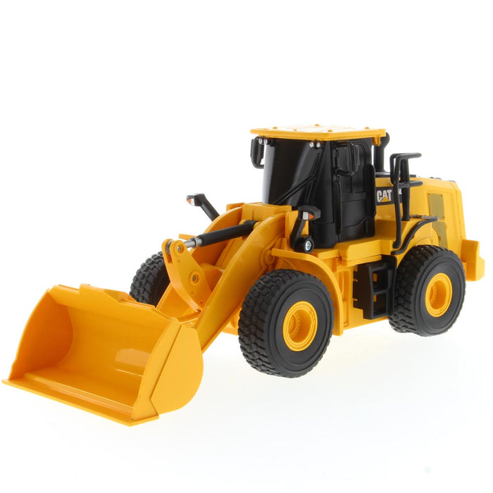1:35 RC Cat® 950M Wheel Loader