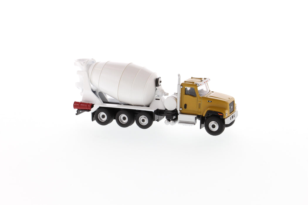 1:87 Cat® CT681 Concrete Mixer