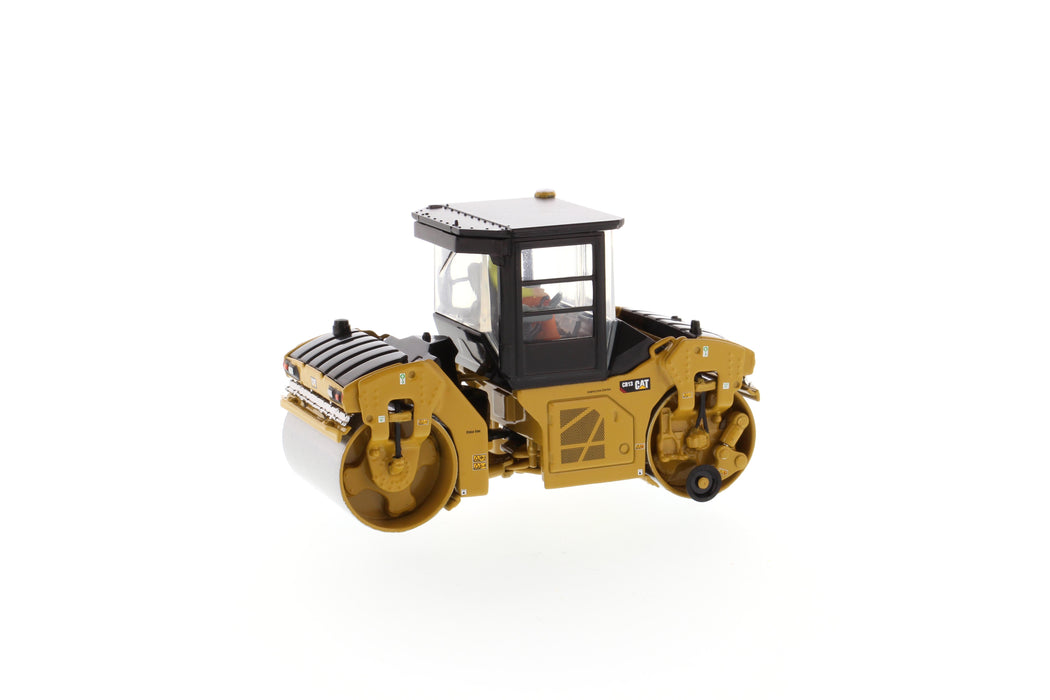 1:50 Cat® CB-13 Tandem Vibratory Roller with Cab