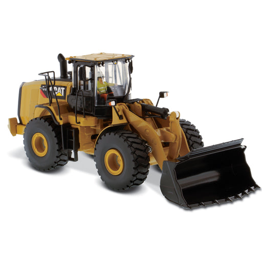 1:50 Cat 966M Wheel Loader - Personalize