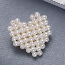 Load image into Gallery viewer, Heart Shape Baby Pearl Brooch