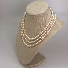 Load image into Gallery viewer, Triple Strand Pearl Necklace