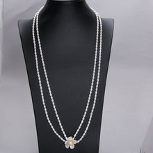 Load image into Gallery viewer, 2 Way Wear Flower Pearl Necklace