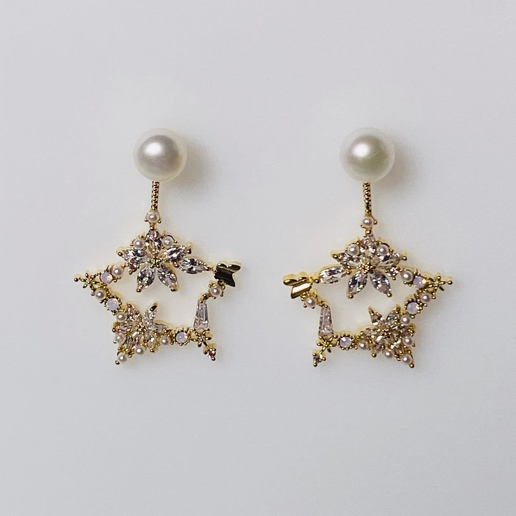 Flowers on Star Pearl Earrings