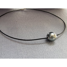 Load image into Gallery viewer, Pearl Choker Necklace