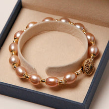 Load image into Gallery viewer, Oval Pearl Necklace and Bracelet Set