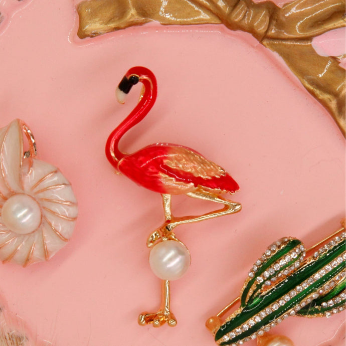 Broche de Pérola flamingo