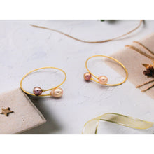 Load image into Gallery viewer, Edison Pearl Bangles