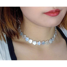Load image into Gallery viewer, Plum Blossom Pearl Choker Necklace