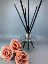Load image into Gallery viewer, ESSENCE ROOM DIFFUSER COLLECTION