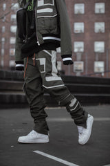 MULTI POCKET TRACK PANTS