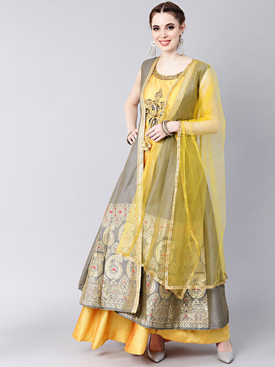 Chhabra 555 Made-to-measure Floor-length Kurta Set with Handloom Banarasi Silk Jacket & Mirror Work