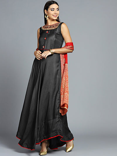 Chhabra 555 Made to Measure Grey Embroidered Kurta with heavy Woven design Dupatta Embroidery on neck