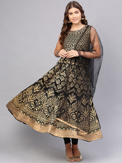 Chhabra 555 Made-to-Measure Black Embroidered Anarkali Kurta Set With Zari Resham Embroidery