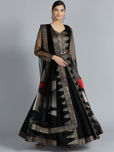 Chhabra 555 Black Anarkali kurta set with silver weaving pattern and a front slit style