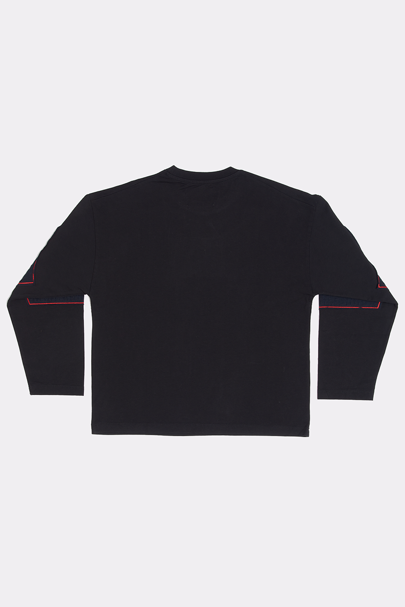 BLACK SHREDDED LONG SLEEVE - MEDIUM