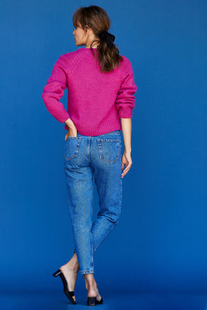 Iris Cropped V Neck - Fuchsia