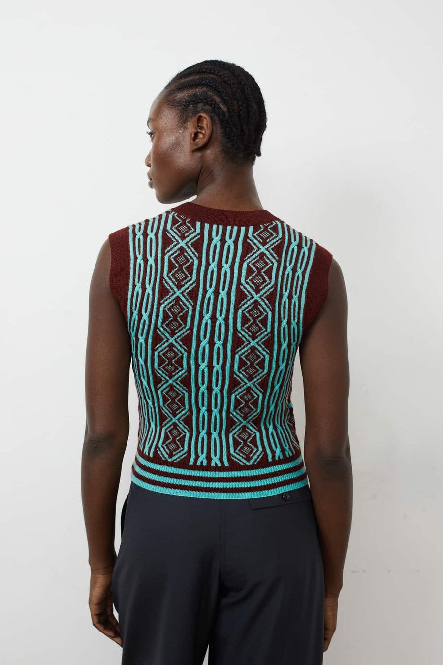 May Intarsia Knit Vest-burgundy