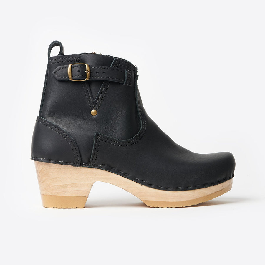 5 Mid Heel Buckle Boot-black
