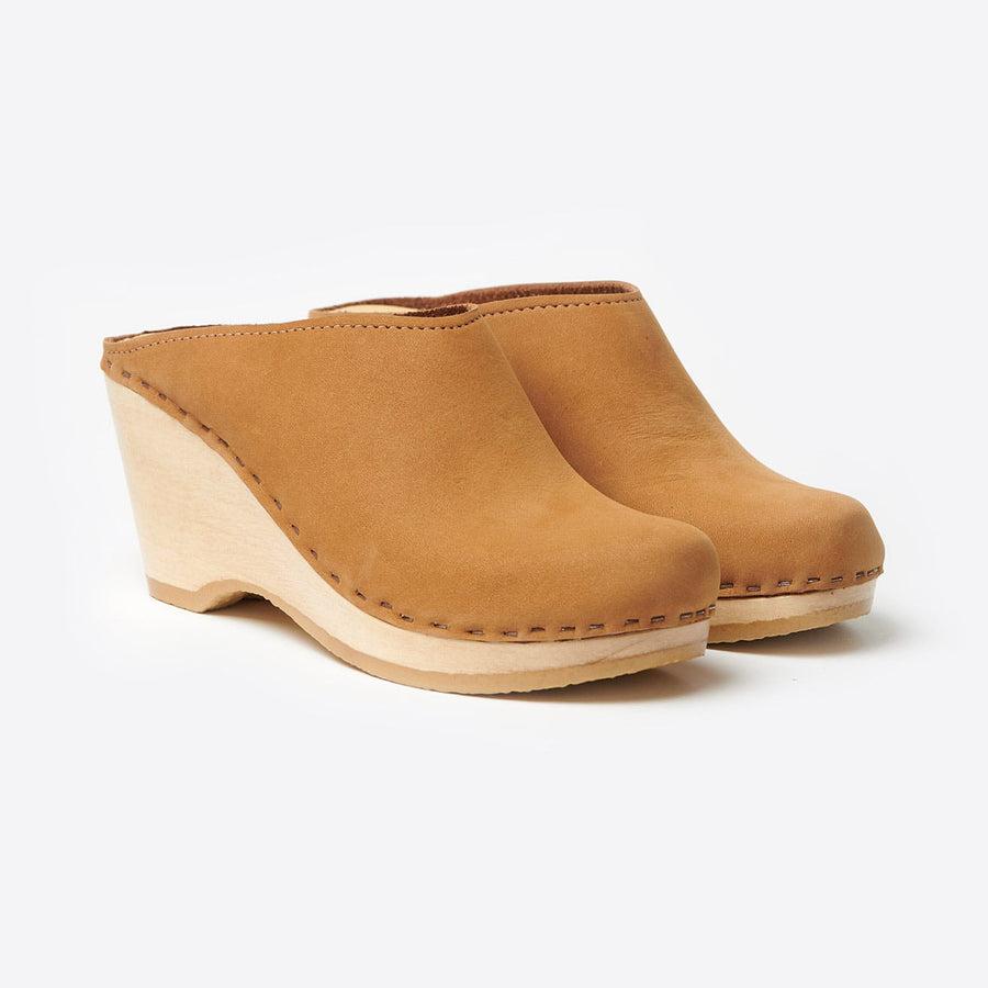 New School Wedge Clog-honey