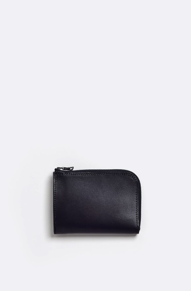 Simple Zipped Wallet-black