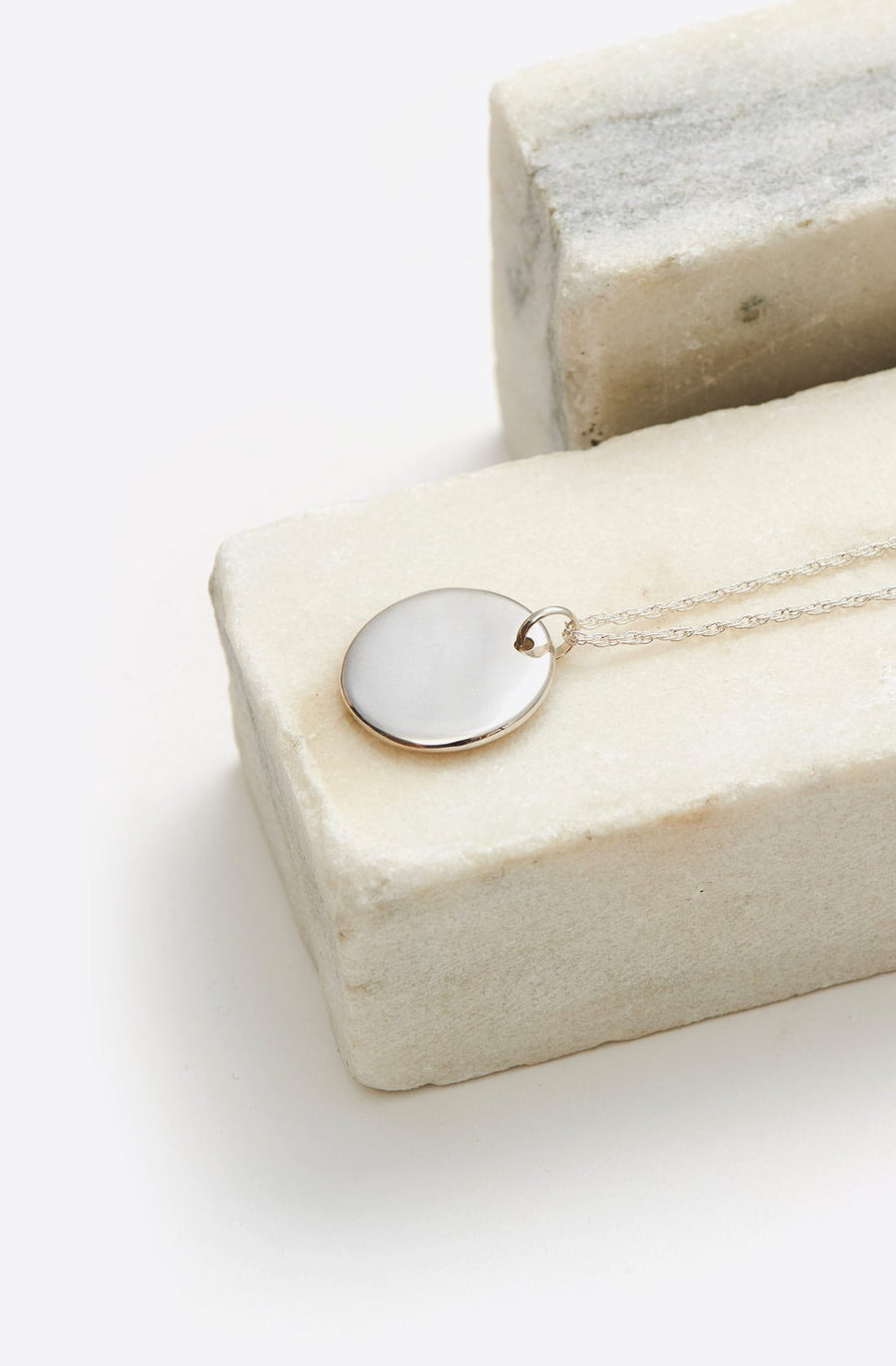 Simple Circle Pendant-sterling silver