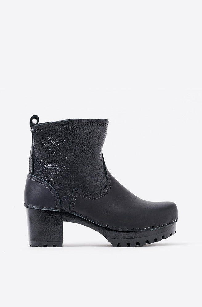 5 Pull On Shearling Mid Tread Boot-black aviator/black base