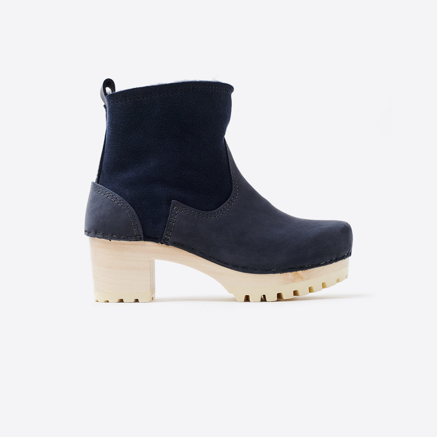 5 Pull On Shearling Mid Tread Boot-navy/white base