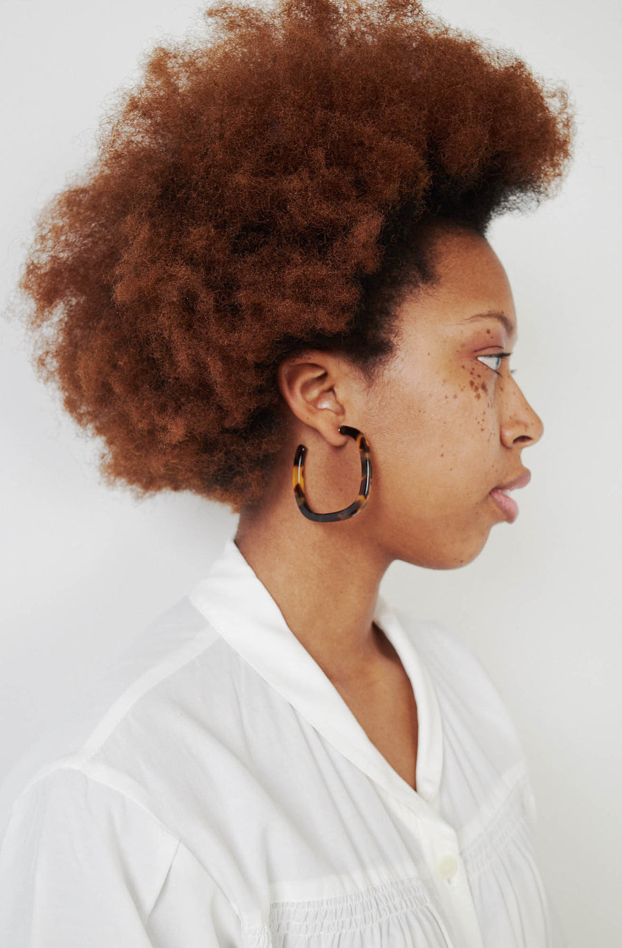 Small Thin Square Hoop Earrings-brown