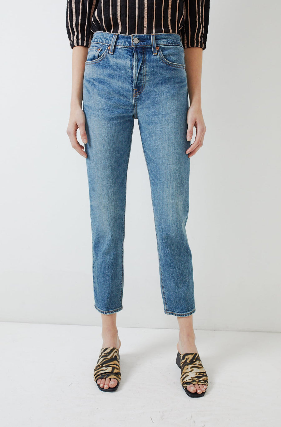 Wedgie Icon Fit Jean-these dreams