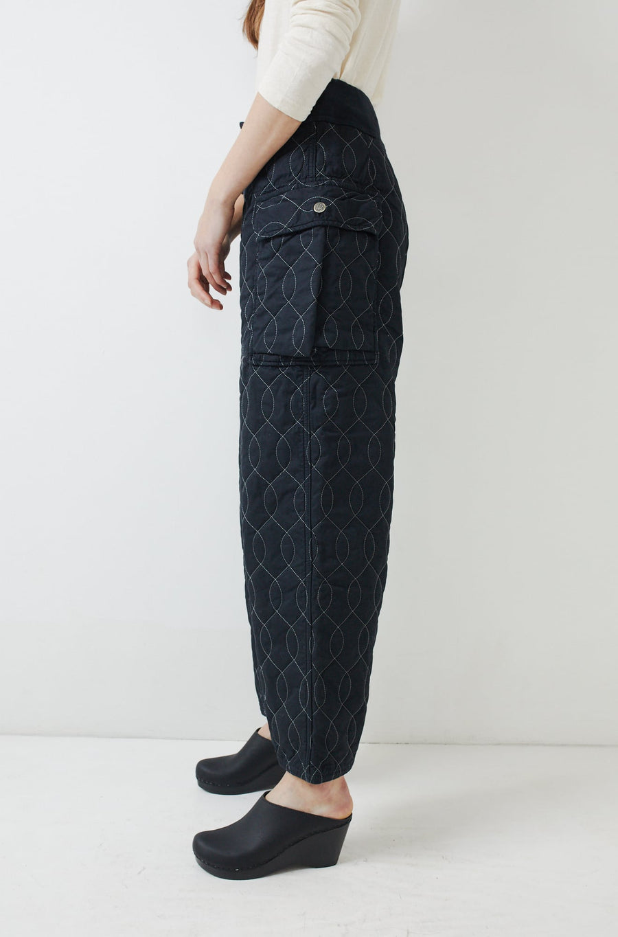 Waffle Quilted Cargo Pants-black