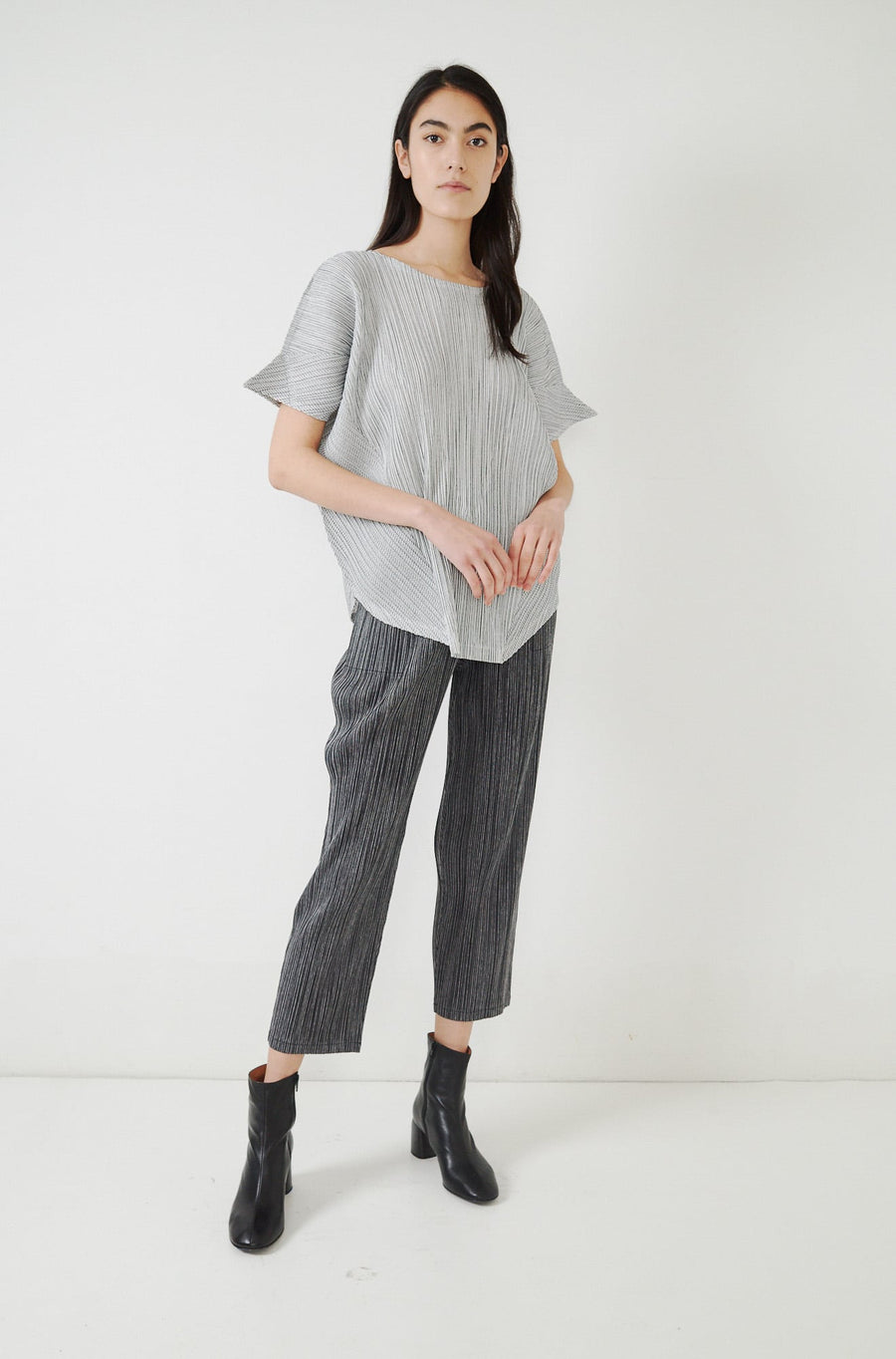 Pinstripe Top-white