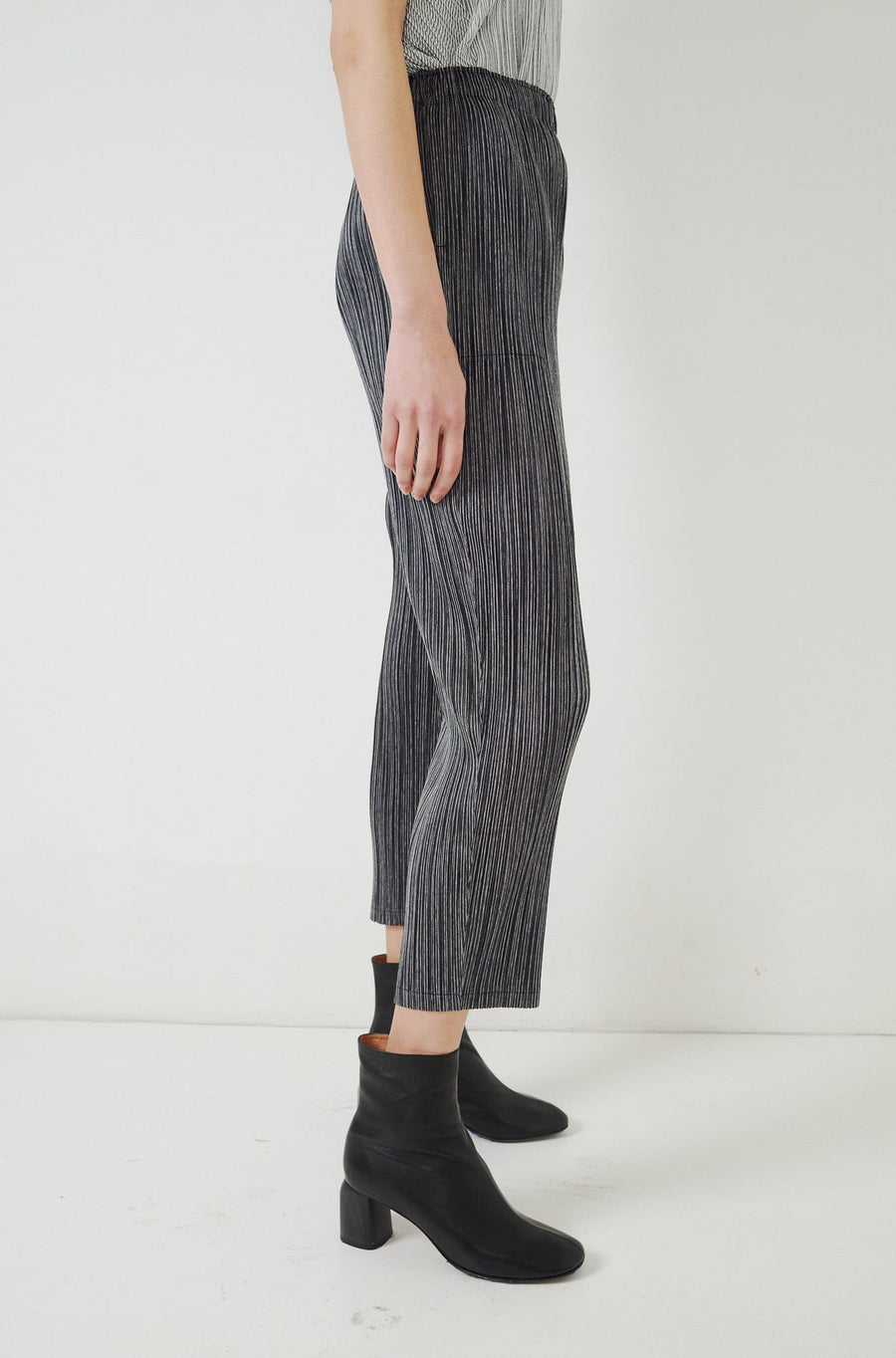 Pinstripe Pants-black