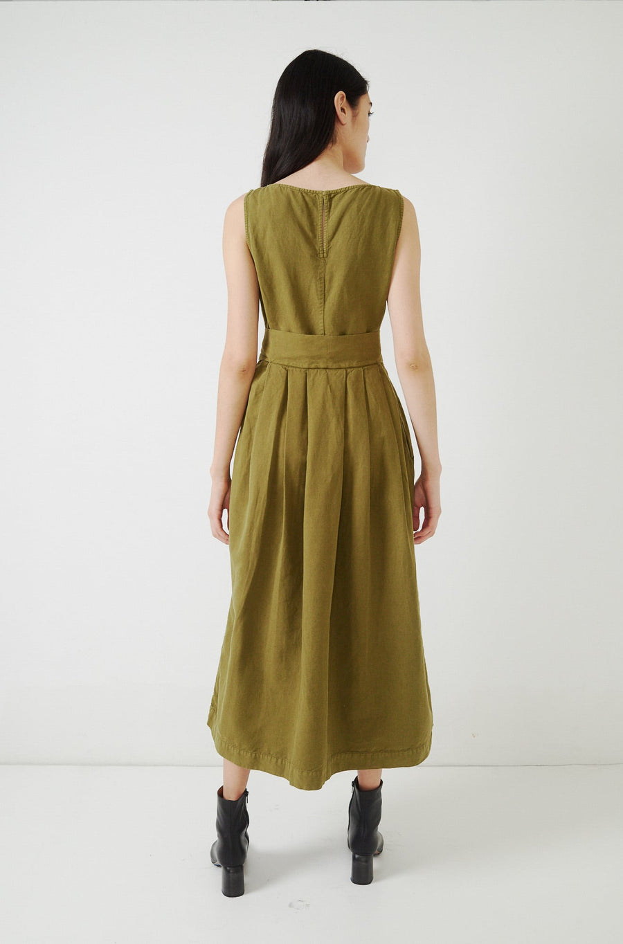 Sleeveless Dress-olive