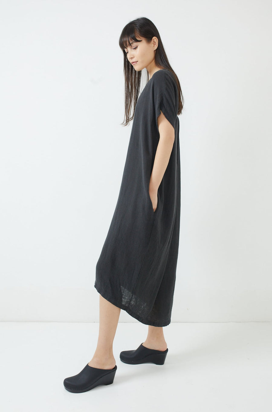 Pleated Cocoon Dress-faded black