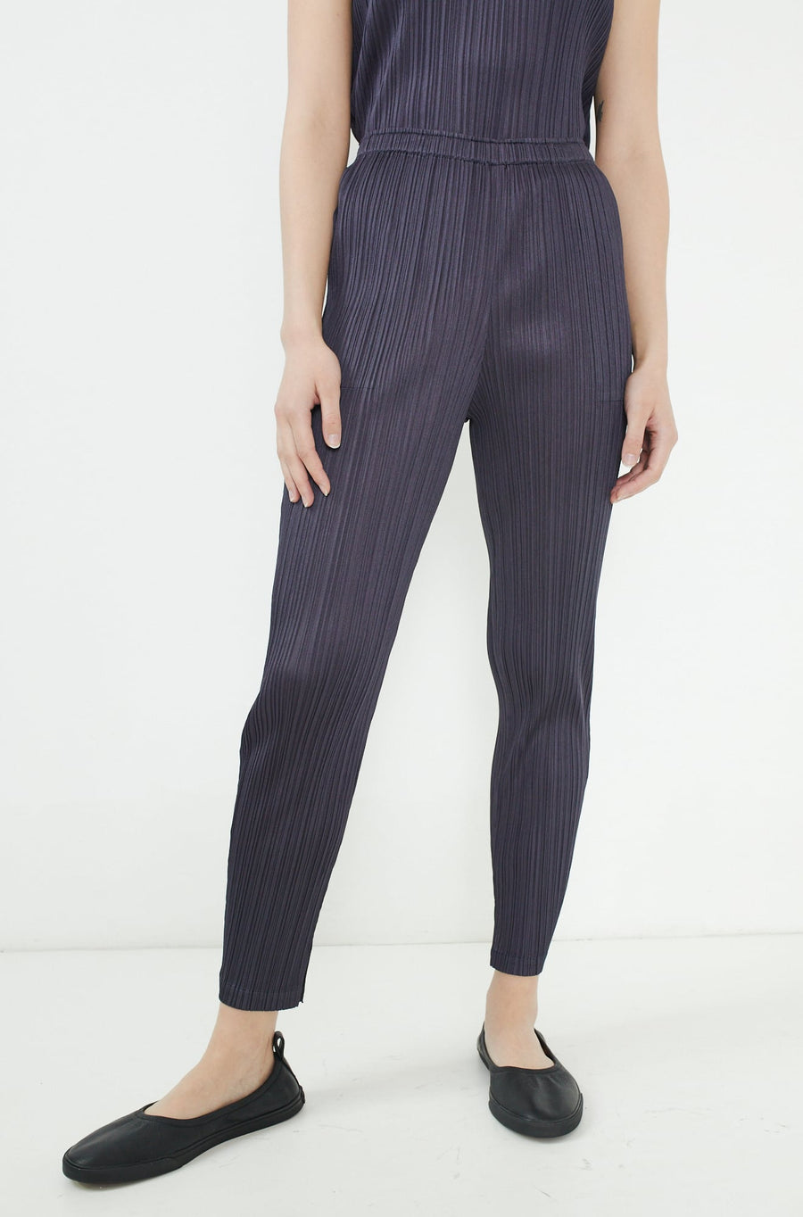 Monthly Colors Pants-charcoal