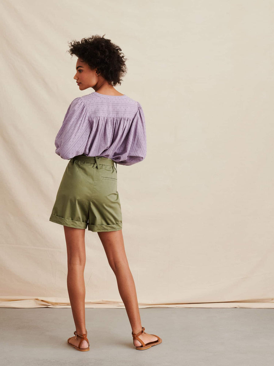 Avery Short-army green