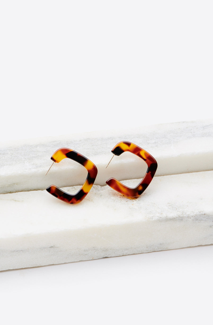 Tiny Square Hoop Earrings-red tortoise