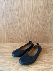 Leather Ballet Flat-black