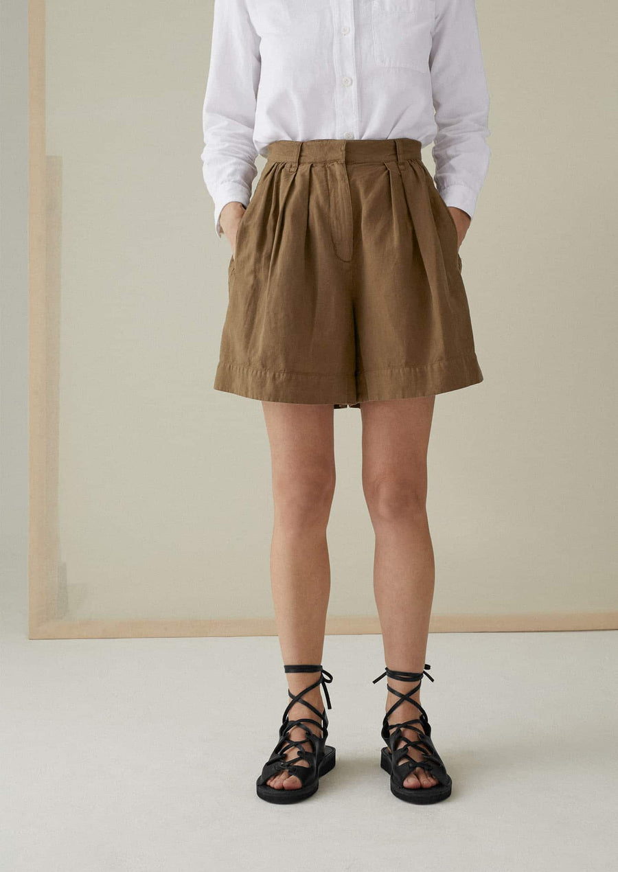 Pleated Shorts-dull gold